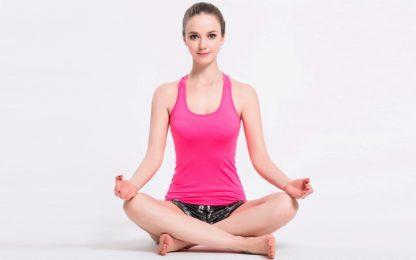 Розовая майка женская для фитнеса фото